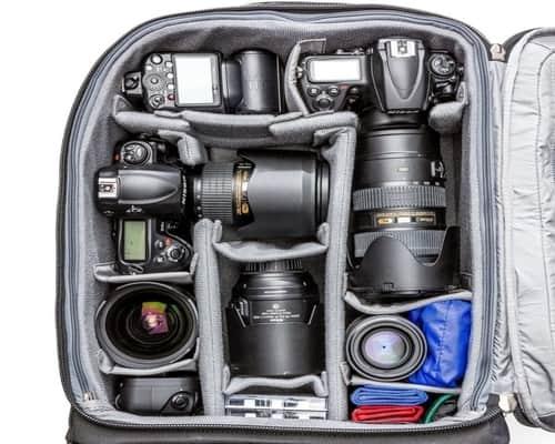 StylishCamera Backpack to carry a DSLR Camera 1 standard zoom lens