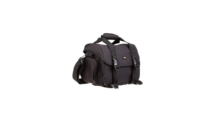 AmazonBasics DSLR Gadget Bag Review