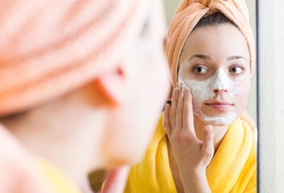 Can we apply moisturizer after bleach
