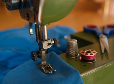 Efficient Way of Oiling a Sewing Machine at Home