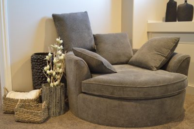 How to Fix Recliner Chairs