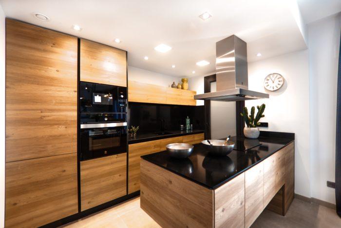 Kitchen Chimney Hood