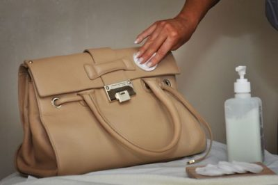 h0w to clean leather bag